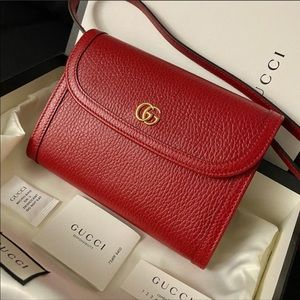 Authentic Gucci petite marmont crossbody